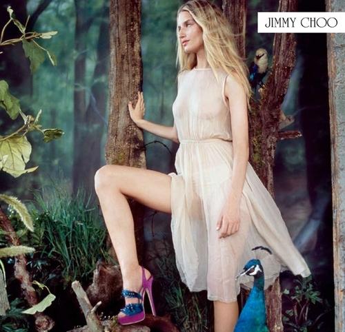 Pantofi cu pene de paun, semnati Jimmy Choo