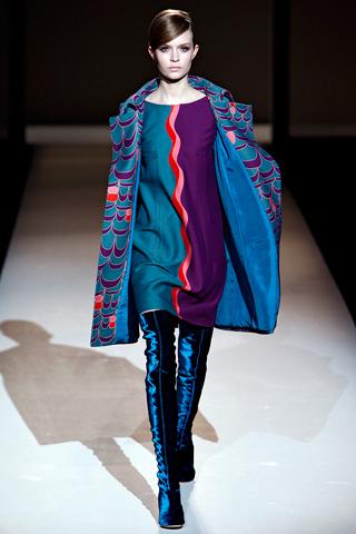 Moda femei. Iarna de catifea a Albertei Ferretti