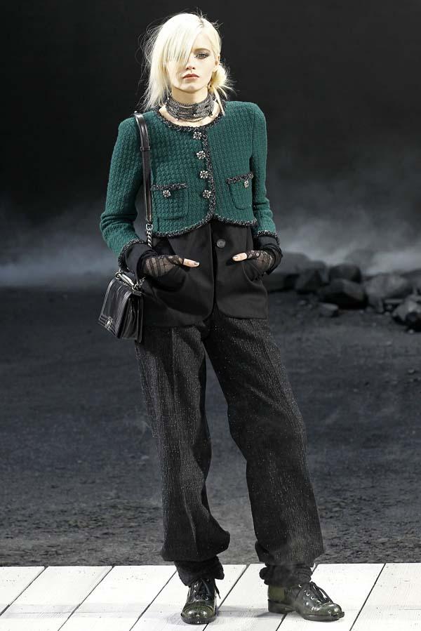 Colectia Chanel 2011. O avanpremiera la o toamna gri