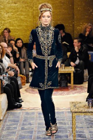 Moda pentru femei, traseul Paris-Bizant