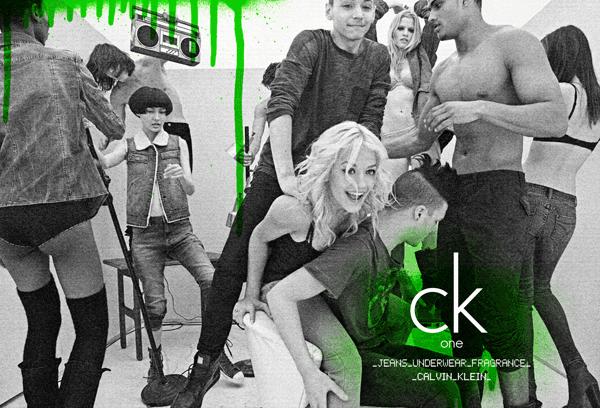 Blugi Calvin Klein – campania de toamna-iarna 2011