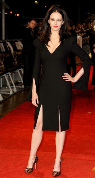 Eva Green, o aparitie cu accente gotice pe covorul rosu