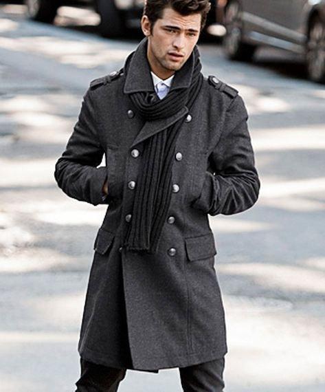 Paltoane militare barbati, perfecte pentru iarna 2012