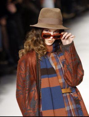 Editor's pick: stilul undercover, cu trimiteri la anii '70