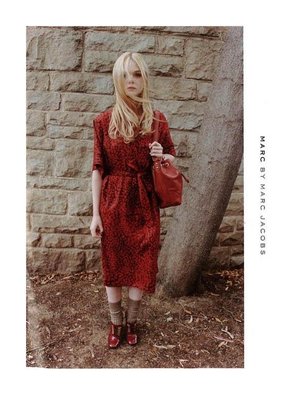 Red or dead. Avanpremiera la colectia de toamna Marc Jacobs