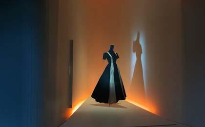 S-a deschis Muzeul Balenciaga