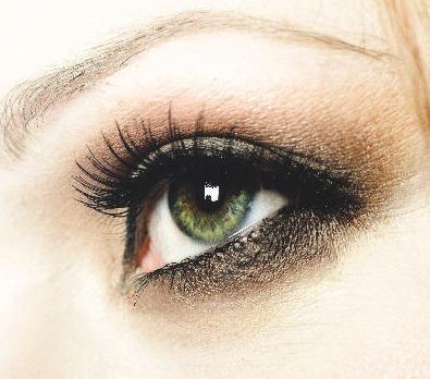 Trucuri de machiaj pentru ochi care par mult mai mari