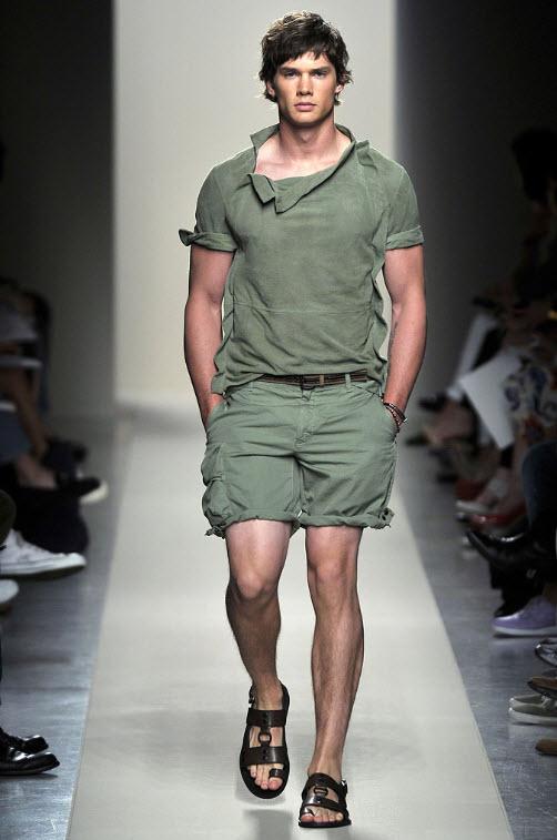 Cum sa porti pantalonii scurti in 2011