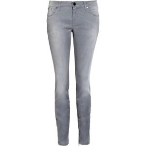 Trend 2011. Jeansii marca Victoria Beckham