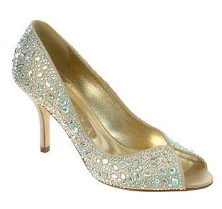 Cum ne alegem pantofii de mireasa