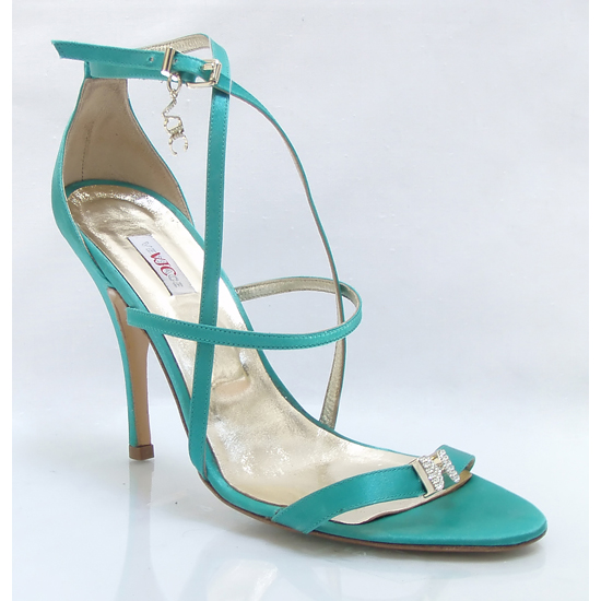 Editor's pick: pantofi Versace cu blana