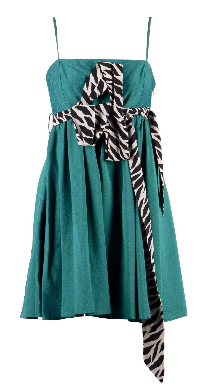 Rochie verde pentru domnisoare zvelte