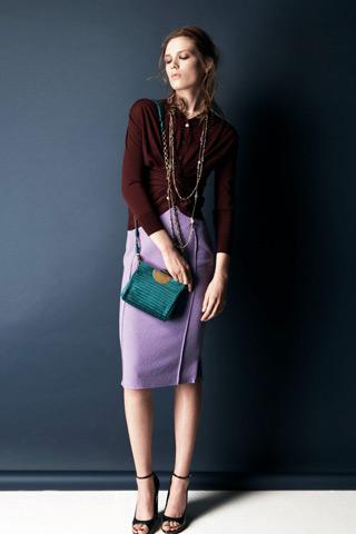Moda toamnei 2011: tinute inspirate din anii '50, la sandale nude