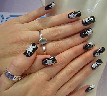 Cum sa-ti pictezi singura unghiile