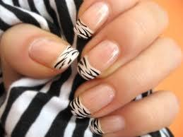 Modele de unghii cu animal print